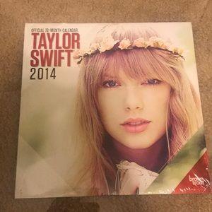 Other - Taylor Swift 2014 Official Calendar!!